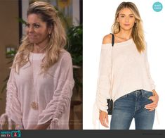 f57cc807ff Stephanie s pink ruched sleeve sweater on Fuller House. Outfit Details   https