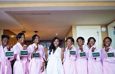 Bridesmaid' s holding signs reflecting the day they met the bride Wedding Ideas To Make, Wedding Tips, Dream Wedding, Wedding Stuff, Bride Pictures, Bridal Robes, Unique Weddings, Photography Tips, Coat