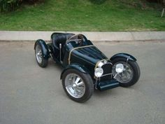 half scale Bugatti T35 - Give your child the best go kart money can buy by purchasing them the half-scale Bugatti T35. This model car is an exact half-scale replica of the ...