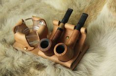 Leather Pipe Stand Rack Pipe - Vintage Style Showcase Holder for 2 Tobacco smoking pipes with Ashtray
