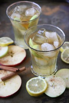 Apple Cider Bourbon Punch ~ we ❤ this!  moncheribridals.com ~ #signaturedrinks