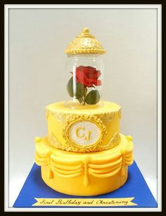 Belle themed cake....WOW!! LOVE this!!!! Maybe I need to Change Eris' birthday theme... ;)