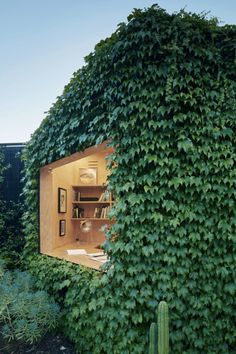 Tiny shed designed for a writer by Matt Gibson Architecture + Design, located in Melbourne, Australia. Photography by Shannon McGrath Visit Matt Gibson Architecture + Design Shed Design, House Design, Design Design, Melbourne Garden, Architecture Design, Design Architect, Australian Architecture, Green Architecture, Sustainable Architecture