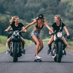 Cue the safety comments - Biker chicks @meganhaall, @aprilvaughan13 and @adogg11getting @risky.co. • Follow @cafesofinsta for more moto…