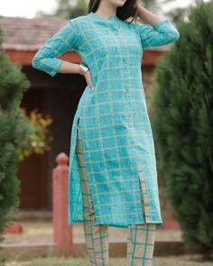 Printed Kurti Designs, Latest Dress Design, Kurtis With Pants, Designer Dresses, Designer Kurtis, News Design, Cotton Dresses, Printed Cotton, Short Sleeve Dresses