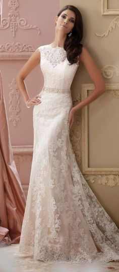 gorgeous vintage lace wedding dresses with pearls