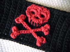 Skull and Crossbones crochet pattern. I've been looking all over for this.