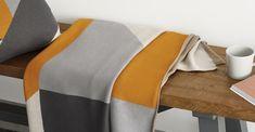 Holden katoengebreide plaid, 130 x 170 cm, geel/grijs   MADE.com