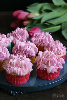 Vanilla Raspberry Cupcakes   Bake to the roots