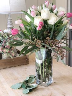 Create a Gorgeous Mother's Day Floral Bouquet - Happy Happy Nester Faux Flowers, Fresh Flowers, Beautiful Flowers, Beautiful Flower Arrangements, Floral Arrangements, Fresh Farmhouse, Farmhouse Style, Crafts Beautiful, Beautiful Interior Design