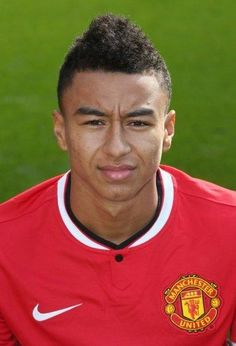 Jesse Lingard of Manchester United poses during the annual club. Manchester United 2014, Official Manchester United Website, Manchester United Football, Man Utd Squad, Man Utd Fc, Jesse Lingard, Old Trafford, Sharon Jones, Match Highlights