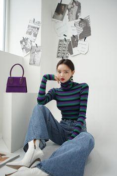 woman winter look ! Korean Girl Fashion, Korean Fashion Trends, Korean Street Fashion, Asian Fashion, Cool Outfits, Casual Outfits, Fashion Outfits, Womens Fashion, College Fashion