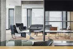 Lingdi Office, Reconstruction of Office Space with Simple Lines | WJ Design; Photo: Yutao Xue | Archinect Interior Design Companies, Luxury Interior Design, Interior Architecture, Simple Colors, Simple Lines, Traditional Office, Single Chair, Key Design, The Office