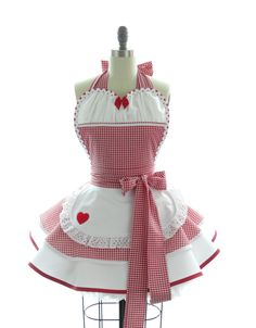 Retro Apron - Lil' Red Riding Hood Sexy Womans Aprons - Vintage Apron Style - Fairytale Pin up Gingham Rockabilly Cosplay Vintage Apron Pattern, Retro Apron, Aprons Vintage, Apron Patterns, Cute Aprons, Sewing Aprons, Kitchen Aprons, Couture, Red Riding Hood