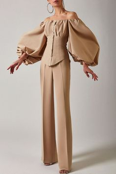 Couture Fashion, Hijab Fashion, Fashion Dresses, Classy Outfits, Stylish Outfits, Elegantes Business Outfit, Outfits Damen, Mode Chic, Looks Chic