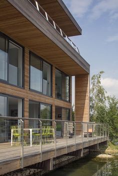 The Lakes by Yoo is a private estate of luxury villas in the Cotswolds. Come for family fun, a retreat with friends or our outdoor activities! Modern City, Garden Pool, City Living, Pool Houses, Luxury Villa, Lodges, Countryside, Mansions