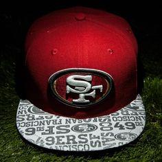 Men's San Francisco 49ers Majestic Scarlet Punt Return Pullover Hoodie