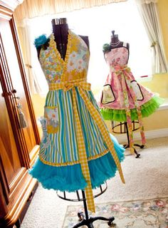 50's inspired aprons. I love all of these! Where can I buy one or find the patterns?