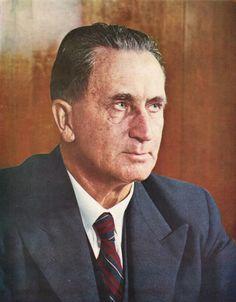5de Eerste Minister van die Unie van Suid-Afrika.  Dr. J.G.STRYDOM. 1954-1958