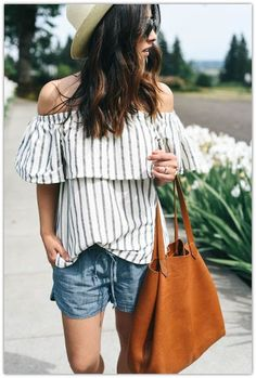 Wine Country Outfit - What to wear in Wine country - Wine Travel - Wine Destinations - Wine - Fashioin Chic Outfits, Fashion Outfits, Fashion Trends, Runway Fashion, Laid Back Outfits, Summer Stripes, Mode Inspiration, Fashion Inspiration, Denim Fashion