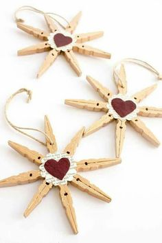 45 Amazing Christmas Craft For Kid Design Ideas - Weihnachten - Noel Christmas Crafts For Kids, Homemade Christmas, Christmas Projects, Simple Christmas, Holiday Crafts, Christmas Stars, 2nd Grade Christmas Crafts, Shabby Chic Christmas, Snowflake Ornaments