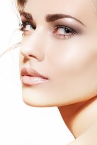 Bridal Makeup: To Airbrush or Not?