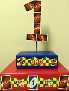 UNO Cupcake tower