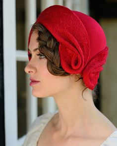 felt cloche-romantic red from behidadolicmilline