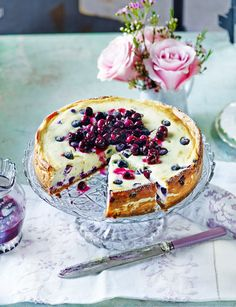 Baked blueberry cheesecake with blueberry compote. A fabulous showstopper to bake this Easter.