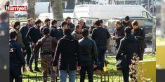 İstanbul Emniyet Müdürlüğü'nün önünde hareketli dakikalar: İstanbul Emniyet Müdürlüğü'nün Vatan Caddesi'nde bulunan yerleşkesinde Narkotik Suçlarla Mücadele Şube Müdürlüğü'nde gözaltında bulunan bir şüpheli kaçmaya çalıştı. Şüphelinin peşinden koşan polisler havaya ateş açtı.