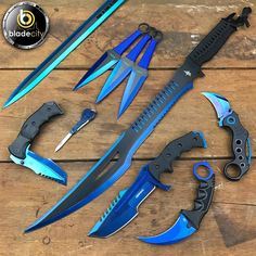 Zombie Weapons, Ninja Weapons, Weapons Guns, Zombie Gear, Pretty Knives, Cool Knives, Swords And Daggers, Knives And Swords, Blade City