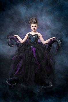 Halloween costumes for girls - Ursula Costume Halloween, Sea Witch Costume, Halloween Costumes For Girls, Girl Costumes, Easy Halloween, Little Mermaid Broadway, Little Mermaid Play, Little Mermaid Costumes, Costumes Broadway