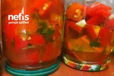 Kışlık Kırmızı Biber (Müthiş) Tarifi Turkish Recipes, Ethnic Recipes, Watermelon, Salsa, Frozen, Mexican, Stuffed Peppers, Canning, Fruit