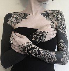 Irezumi Tattoos, Leg Tattoos, Black Tattoos, Body Art Tattoos, Girl Tattoos, Tattoos For Women, Marquesan Tattoos, Dragon Tattoos, Gypsy Tattoos