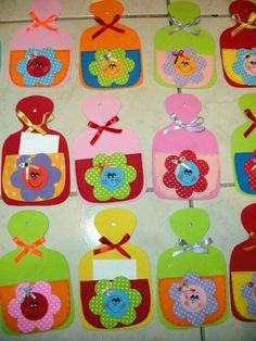 Mothers Day Gifts – Gift Ideas Anywhere Kids Crafts, Diy Arts And Crafts, Felt Crafts, Puppet Crafts, Mother's Day Diy, Christmas Gifts, Christmas Ornaments, Mothers Day Crafts, Craft Party