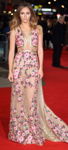 Suki Waterhouse Wears the Loveliest See-Through Dress We've Ever Seen in Our Lives