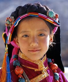 Young girl from Tibet Kids Around The World, Beauty Around The World, We Are The World, People Around The World, Beautiful World, Beautiful People, World Of Color, World Cultures, Interesting Faces