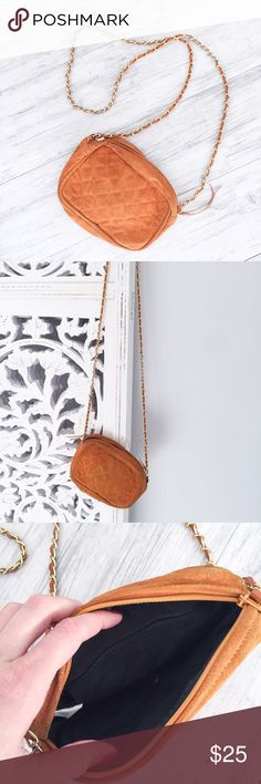 Vintage Rust Crossbody Purse Vintage style rust orange color Crossbody purse. Unbranded. Gold color chain intertwined with faux suede. Bags Crossbody Bags