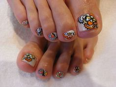 Fun, abstract toenails for summer.