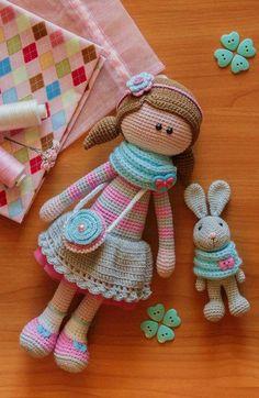 Amigurumi Handcrafted Toys Schöne Amigurumi Handcrafted One from One … Crochet Diy, Crochet Amigurumi, Crochet Doll Pattern, Amigurumi Doll, Amigurumi Patterns, Crochet Crafts, Doll Patterns, Crochet Projects, Crochet Patterns