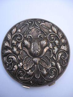 Art Nouveau 800 Silver Repousse Compact