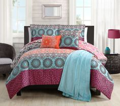 10-Piece-Boho-Black-White-Reversible-Bed-in-a-Bag-w-Throw-Blanket-Set-Full-Queen