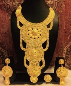 - The best company for African Clothing Gram gold jewelry offer runing Big Jewelry, Gold Jewelry Simple, Bridal Jewelry, Stylish Jewelry, Pearl Jewelry, Pendant Jewelry, Antique Jewelry, African Necklace, African Jewelry