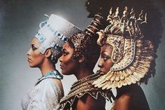 The Ritchie Family was group popular during the disco era. This photo is the album cover for their fourth album titled, African Queens. Egyptian Queen, Egyptian Art, African History, African Art, African Crown, Tribal African, African Culture, The Ritchie Family, Orishas Yoruba