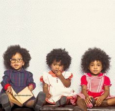 Love the hair on these girls (and the glasses on the girl on the far left)! (via Natural Hair, Natural Beauty).
