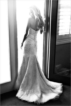 Orange County Wedding -- This is an  incredible bridal portrait! | Photography: Paul Von Rieter | weddingchicks.com