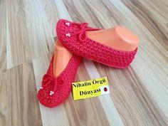 (new model yep) mussel motif . Crochet Shoes, Crochet Slippers, Sock Shoes, Baby Shoes, Creative Embroidery, Moda Emo, Crochet Videos, New Model, Youtube