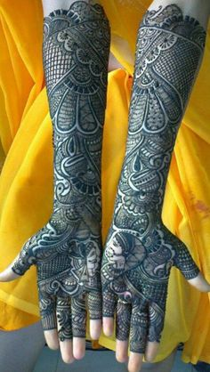 "re wondering to get the inspiration about Bridal Mehendi Designs then we are here to help you. So Checkout Beautiful Bridal Mehendi Designs For Wedding"" Henna Hand Designs, Mehandi Designs, Mehandi Design For Hand, Beautiful Henna Designs, Beautiful Mehndi, Tattoo Designs, Pakistani Mehndi Designs, Latest Bridal Mehndi Designs, Wedding Mehndi Designs"