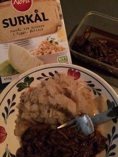 #23/2: Noorse zuurkool en n bakje draadjesvlees van n lieve collega.... Hmmm