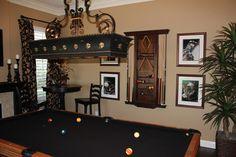 Image from http://st.houzz.com/simgs/e5c1fa0100849232_8-5465/traditional-family-room.jpg.
